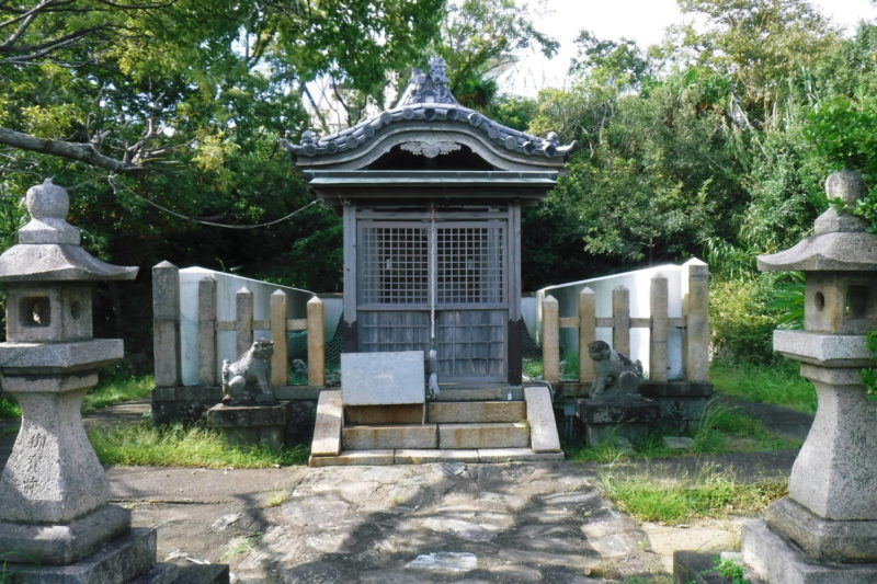 雑賀崎灯台・展望広場
