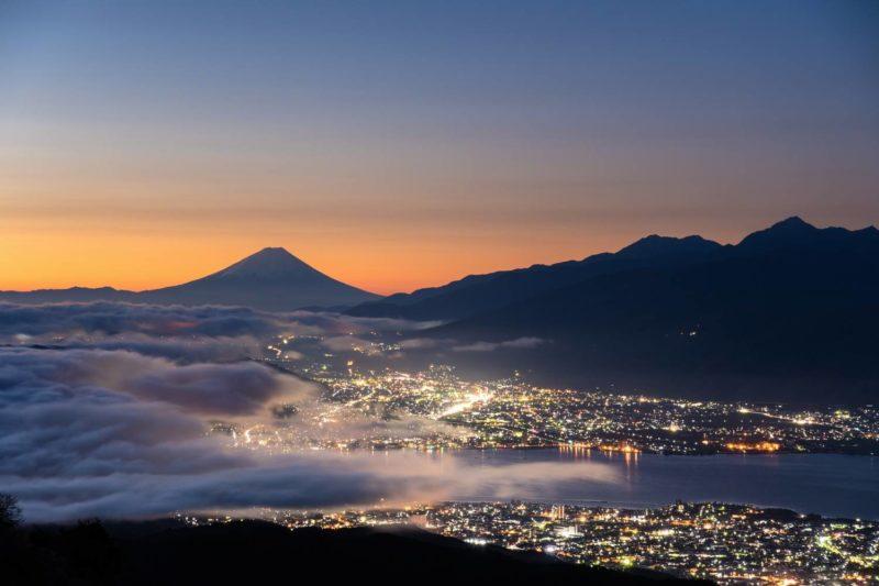 高ボッチ高原から見る諏訪湖・富士山